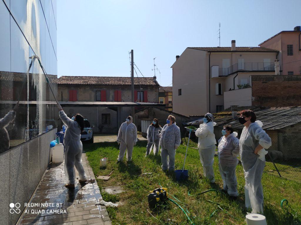 corso-addetto-alle-pulizie-03